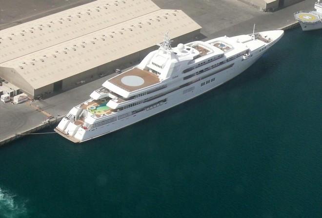 Super yacht  Top 5 Largest Yacht in World Dubai 3
