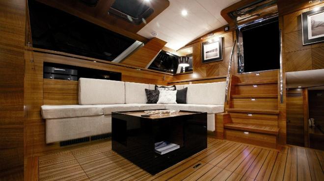 Motor Yacht Gush 5