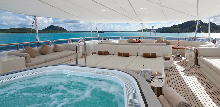 Luxury yacht interior: Solemar