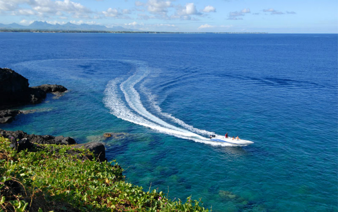 Mauritius Yacht  Luxury Yacht Destination Guide: The Indian Ocean Mauritius Yacht