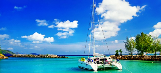 Luxury Yacht Destination Guide: The Indian Ocean Seychelles Yacht Life Capa 660x300
