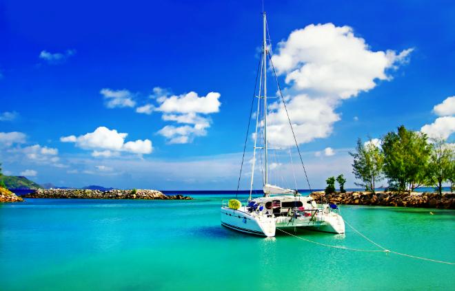 Seychelles Yacht Life  Luxury Yacht Destination Guide: The Indian Ocean Seychelles Yacht Life