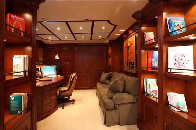 Best yacht Interior NOMAD 4  Best yacht Interior: NOMAD Best yacht Interior NOMAD 4