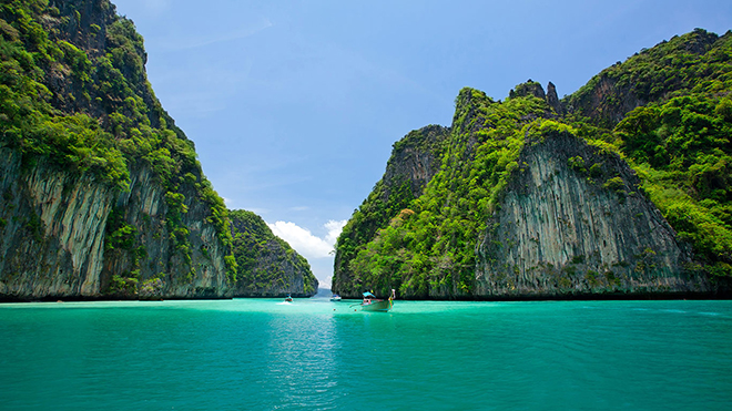 LUXURY YACHT VACATIONS THAILAND 3