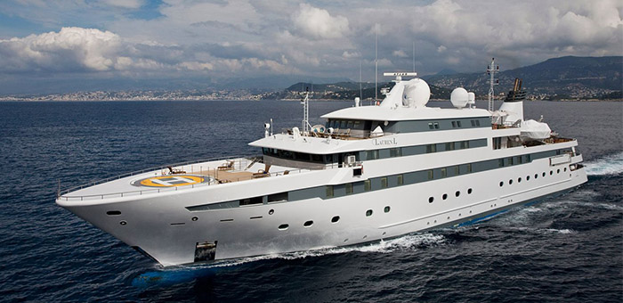 Meet the motor yacht Lauren L