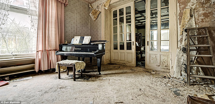7 ABANDONED MANSIONS FROM AROUND THE WORLD  7 ABANDONED MANSIONS FROM AROUND THE WORLD 7 ABANDONED MANSIONS FROM AROUND THE WORLD