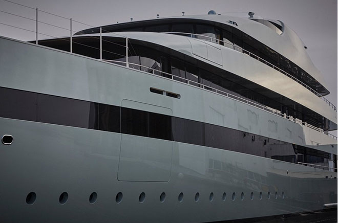 Feadship launched the World's Largest Hybrid Yacht Savannah 5  Feadship launched the World's Largest Hybrid Yacht: Savannah Feadship launched the Worlds Largest Hybrid Yacht Savannah 5