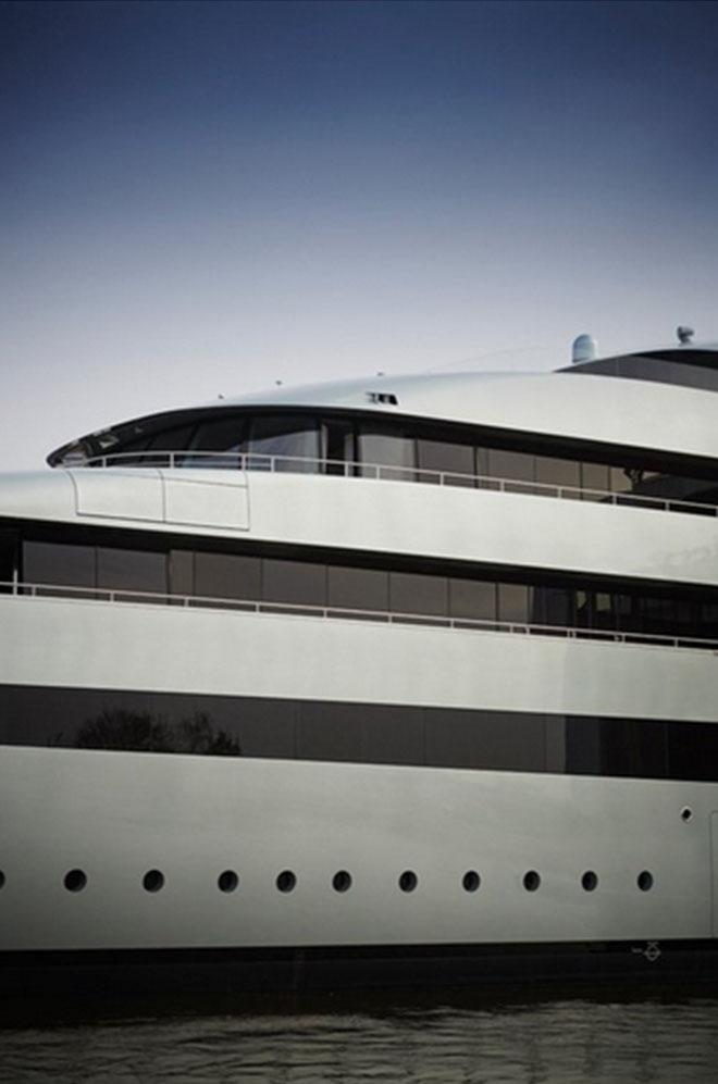 Feadship launched the World's Largest Hybrid Yacht Savannah 6  Feadship launched the World's Largest Hybrid Yacht: Savannah Feadship launched the Worlds Largest Hybrid Yacht Savannah 6