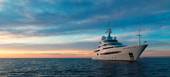 Go Island-hopping on a superyacht Go Island hopping on a superyacht  660x300