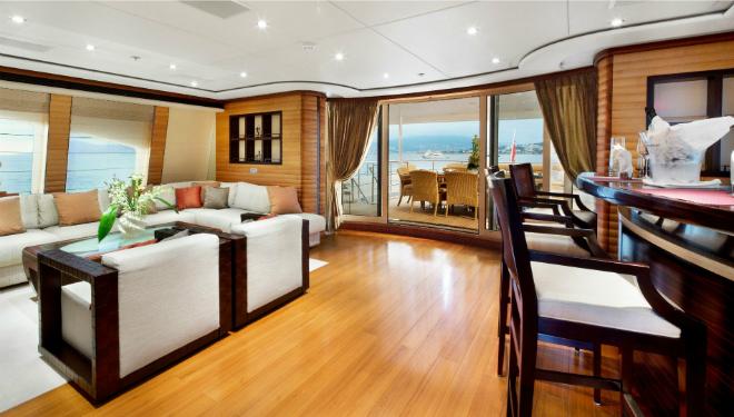 Luxury Yacht of the Week - Let It be 4   Luxury Yacht of the Week – Let It be Luxury Yacht of the Week Let It be 4