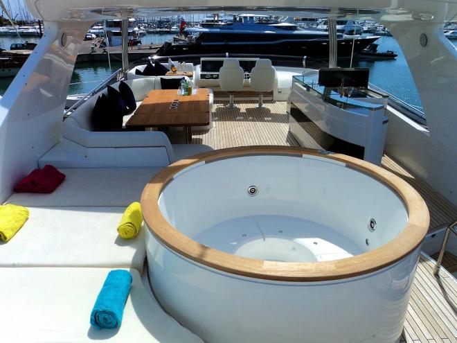 Top 3 luxury yachts interiors of multimillionaires 22  Top 3 luxury yachts interiors of multimillionaires Top 3 luxury yachts interiors of multimillionaires 22