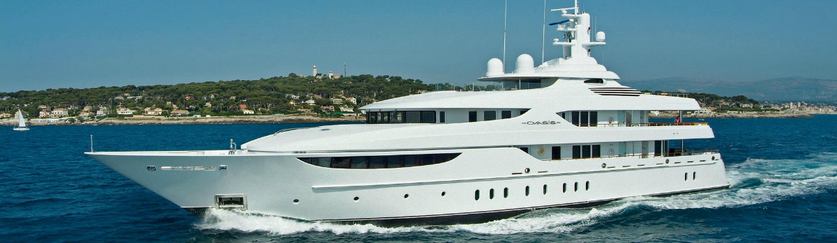 superyacht-oasis celebrities The Most Luxurious Yachts Owned by Celebrities superyacht oasis 1