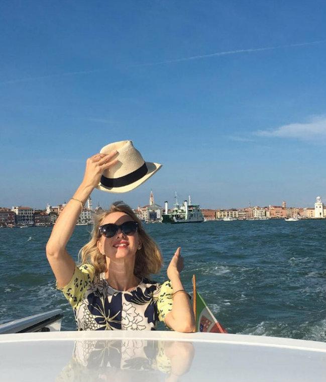 naomi-watts Luxury Yachts Yachting Spotlight: Celebrities on Luxury Yachts Naomi Watts