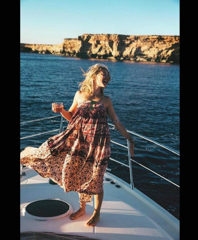 kate-hudson luxury yachts Luxury Yachts Yachting Spotlight: Celebrities on Luxury Yachts kate hudson