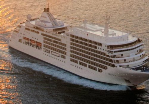 Top 10 Luxury Cruises One Must Go Before the Year Ends