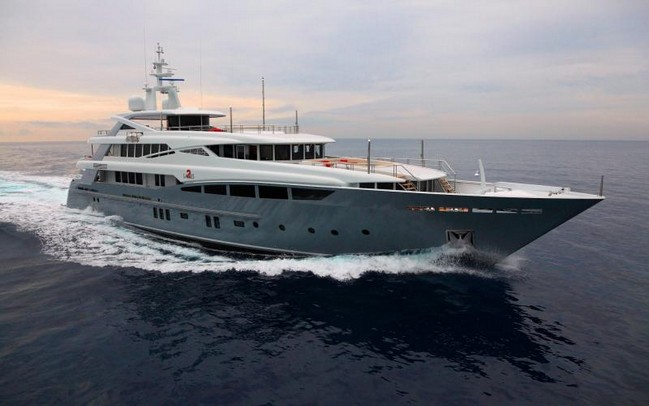 superyacht charters 25 Superyacht Charters to Enjoy during Cannes Yachting Festival 2 Ladies by Rossinavi
