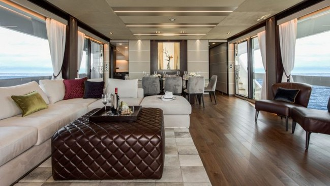 Discover the Sleek Interior Design of the Luxurious Horizon FD85 Yacht 7 Interior Design Discover the Sleek Interior Design of the Luxurious Horizon FD85 Yacht Discover the Sleek Interior Design of the Luxurious Horizon FD85 Yacht 7