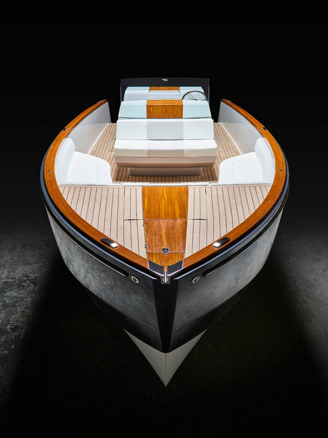 Meet the World's First Completely Electric Day Boat by Hinckley Yachts | Luxury Yachts