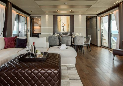 Discover the Sleek Interior Design of the Luxurious Horizon FD85 Yacht