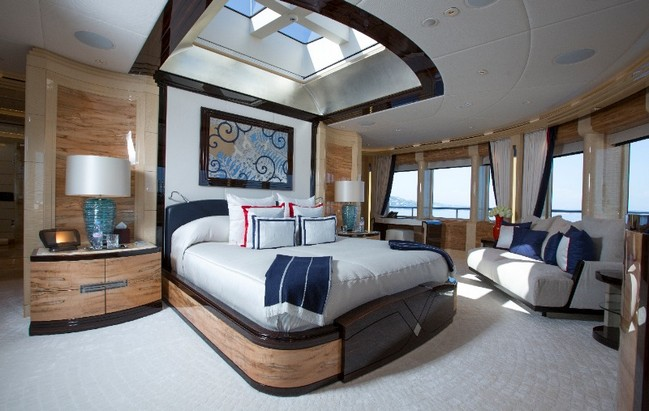 The Excellence V Superyacht Personifies Luxury Living by the Water 2 luxury living The Excellence V Superyacht Personifies Luxury Living by the Water The Excellence V Superyacht Personifies Luxury Living Like No Other 2