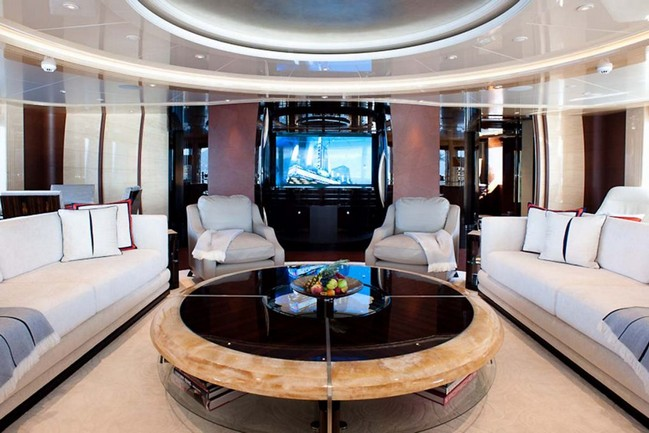 The Excellence V Superyacht Personifies Luxury Living by the Water 3 luxury living The Excellence V Superyacht Personifies Luxury Living by the Water The Excellence V Superyacht Personifies Luxury Living Like No Other 4