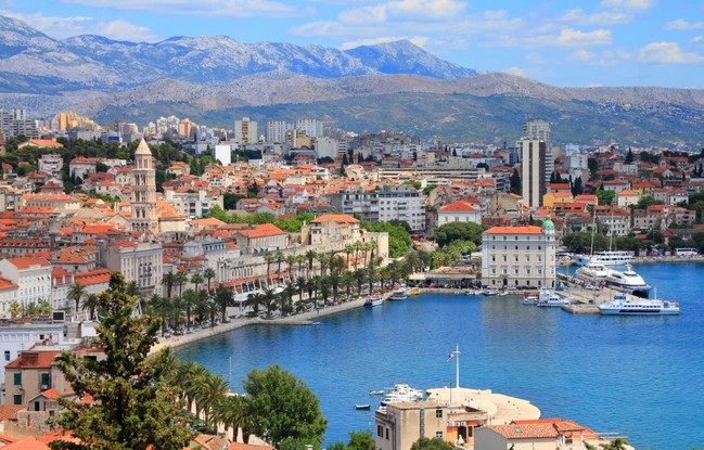 Visit Game of Thrones Fantastic Locations In a Luxury Yacht Charter 13