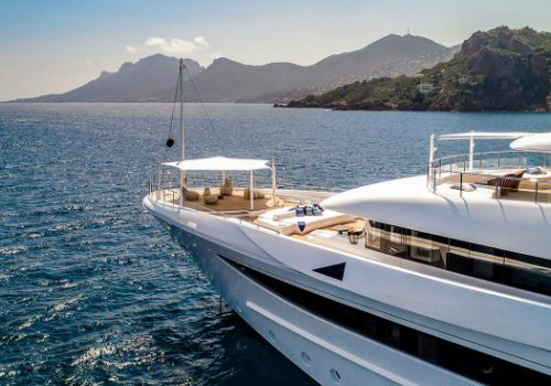 Luxury Superyachts: Be Enchanted by 9 Cloud Superyacht Sky-High Luxury