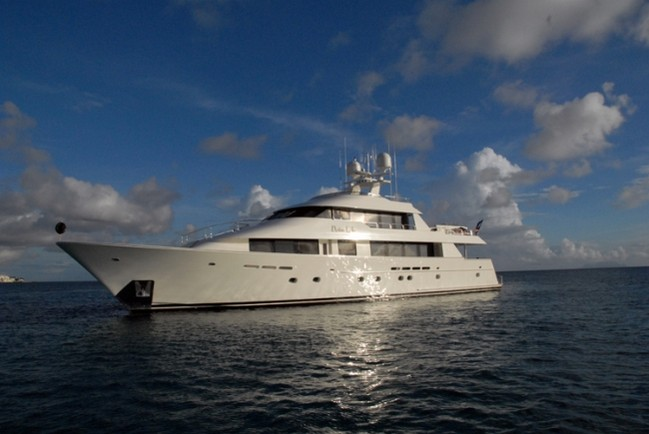 Antigua Charter Showcases the Finest Luxury Yachts 6