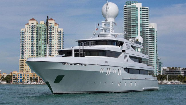 Discover Celebrities' Favorite Luxury Yachts to Charter 12 Luxury Yachts Discover Celebrities' Favorite Luxury Yachts to Charter Discover Celebrities    Favorite Luxury Yachts to Charter 12