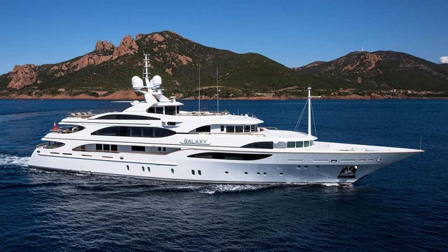Discover Celebrities' Favorite Luxury Yachts to Charter 2 Luxury Yachts Discover Celebrities' Favorite Luxury Yachts to Charter Discover Celebrities    Favorite Luxury Yachts to Charter 2