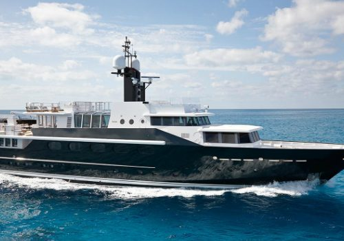 Discover Celebrities' Favorite Luxury Yachts to Charter Luxury Yachts Discover Celebrities' Favorite Luxury Yachts to Charter featured 2 500x350