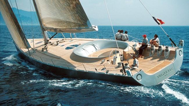 5 Unbelievably Visionary Luxury Yachts Designed by Philippe Starck 1 luxury yachts 5 Unbelievably Visionary Luxury Yachts Designed by Philippe Starck 5 Unbelievably Visionary Luxury Yachts Designed by Philippe Starck 1