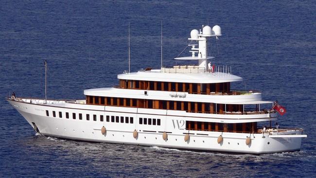 5 Unbelievably Visionary Luxury Yachts Designed by Philippe Starck 6 luxury yachts 5 Unbelievably Visionary Luxury Yachts Designed by Philippe Starck 5 Unbelievably Visionary Luxury Yachts Designed by Philippe Starck 6