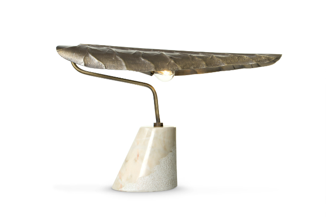 calla-table-light-2-HR