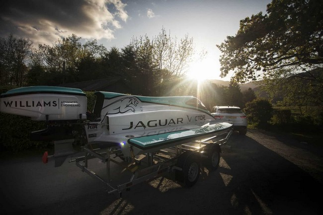Jaguar V20E Classified as the Fastest Electric Motorboat in the World jaguar v20e Jaguar V20E Classified as the Fastest Electric Motorboat in the World Jaguar V20E Classified as the Fastest Electrict Motorboat in the World 6