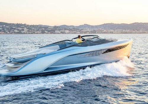 Princess Yachts Presents Its Fastest Vessel to Date: R35 Sports Yacht