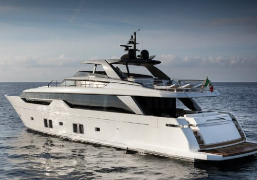 Sanlorenzo's SL102 causes debate regarding an Asymmetric Yacht Design