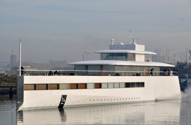 Top 5 Yachts currently owned by Celebrities