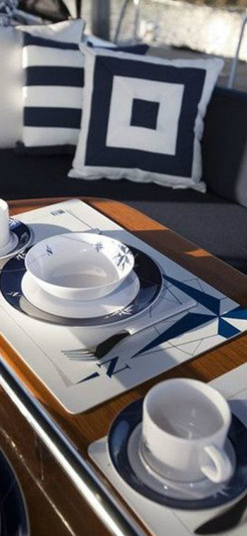Hot on Pinterest: See these blue dining rooms inside of yachts blue dining rooms Hot on Pinterest: See these blue dining rooms inside of yachts IMG1 8