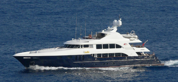 Alessandra Yacht is available to charter: have a look