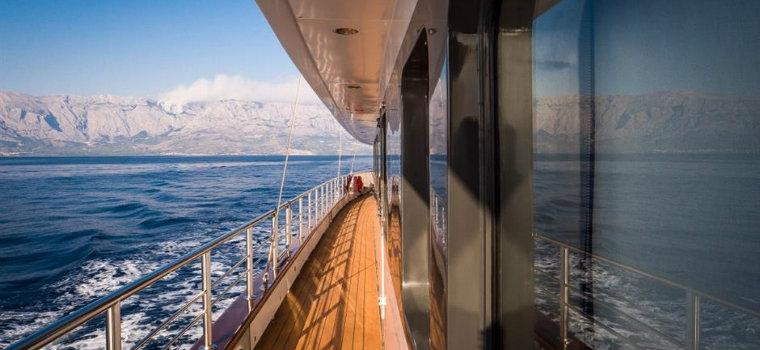 Have a look inside Aiaxaia yacht: a motorsailer currently for sale Aiaxaia yacht Have a look inside Aiaxaia yacht: a motorsailer currently for sale IMG2 2