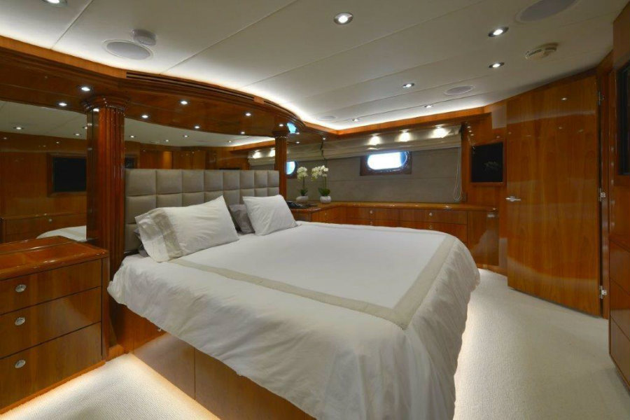 Wild Child yacht Currently for sale: have a look inside the Wild Child yacht IMG5 9