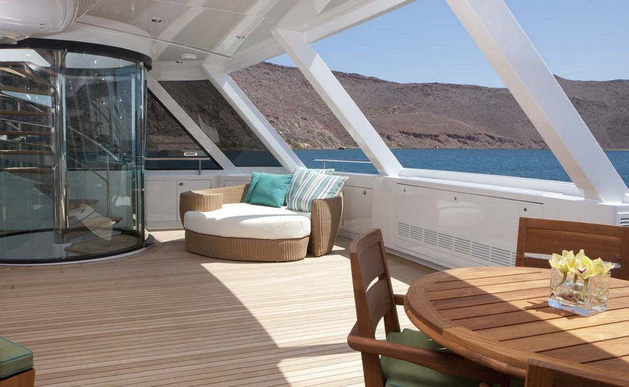 Have a look at 5 of the best luxury owner's decks in yachts decks in yachts Have a look at 5 of the best luxury owner's decks in yachts Arianna 1