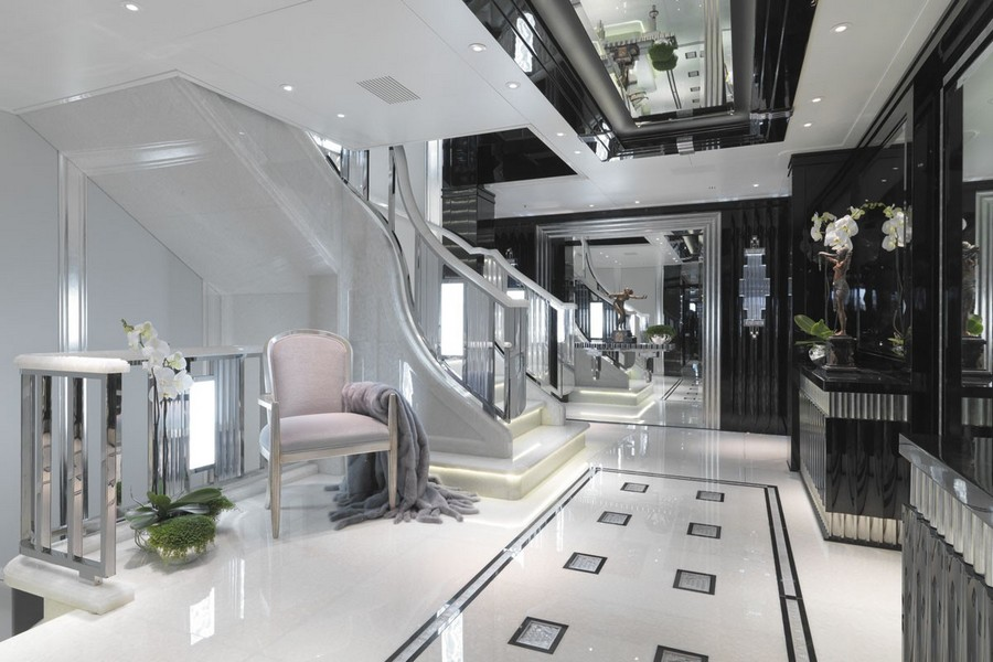 Inspire yourself with some black decoration in luxury yacht interiors luxury yacht interiors Inspire yourself with some black decoration in luxury yacht interiors Black2