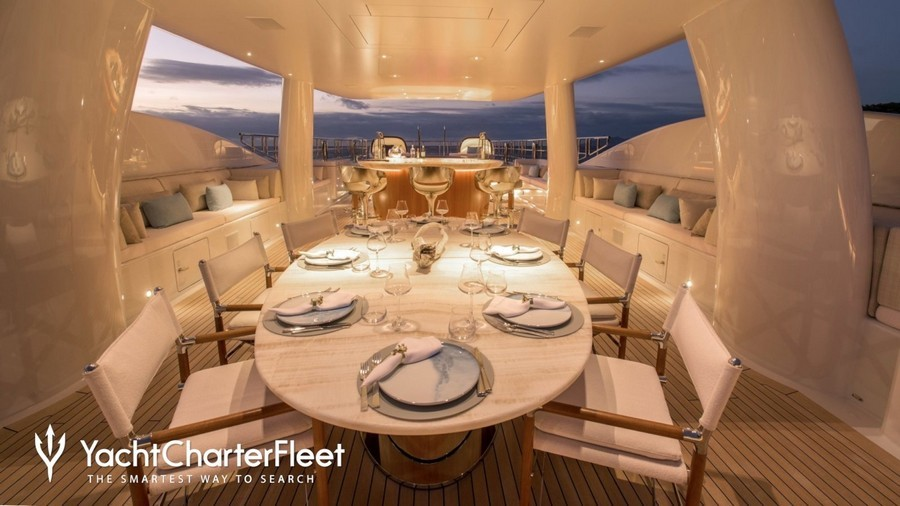 6 Amazing Dining tables used by Top interior Designers in yachts dining tables 6 Amazing Dining tables used by Top interior Designers in yachts Driftwood2 RemiTessier1