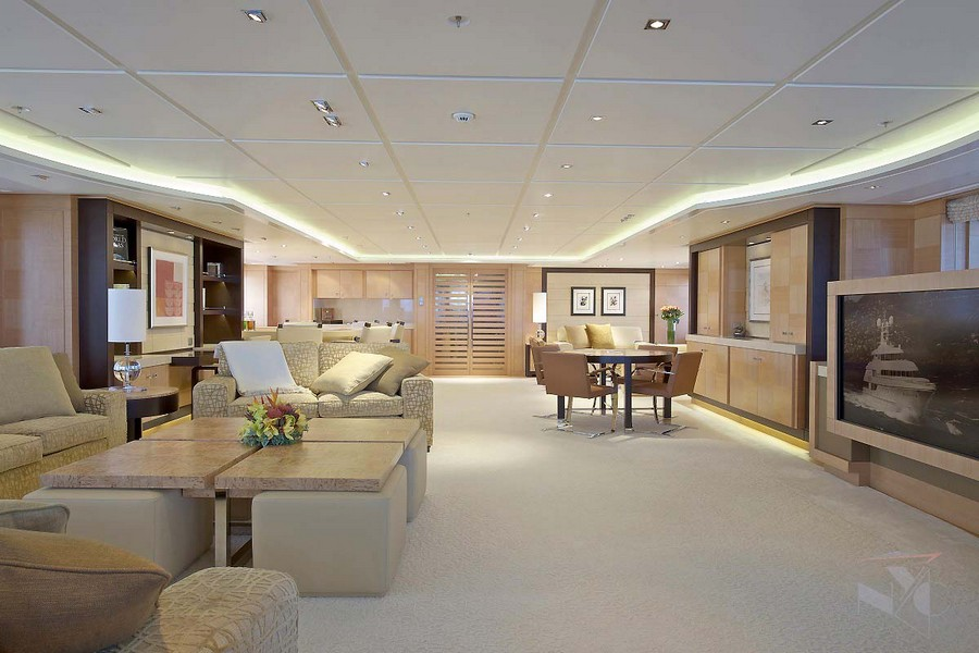 yacht interiors Have a look at 50 of the greatest yacht interiors – Part 2 Huntress2