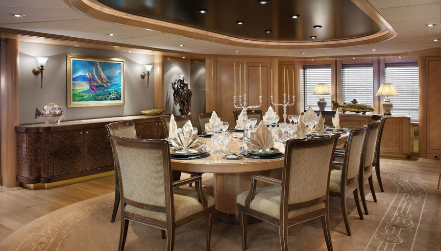 yacht interiors Have a look at 50 of the greatest yacht interiors – Part 3 Laurel4