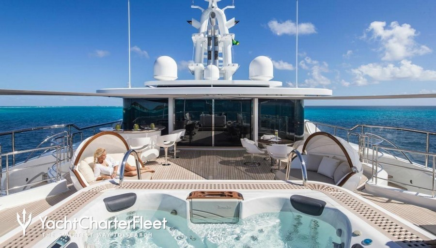 yacht interiors Top yacht designers: 5 luxury yacht interiors by Remi Tessier Nautilus2