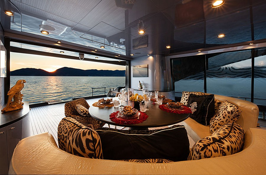 Roberto Cavalli Let's have a peek inside Roberto Cavalli's 28m yacht Freedom RobertoCavalli3