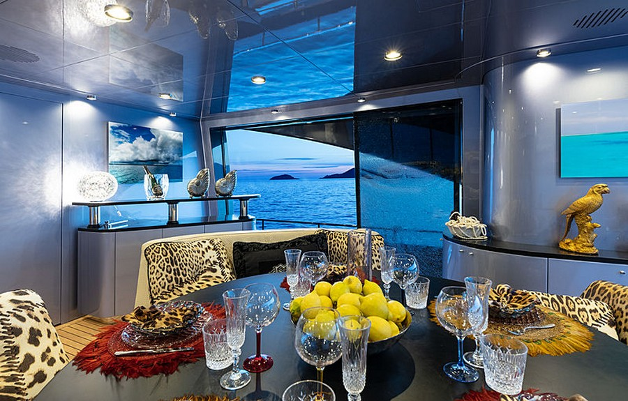 Let's have a peek inside Roberto Cavalli's 28m yacht Freedom Roberto Cavalli Let's have a peek inside Roberto Cavalli's 28m yacht Freedom RobertoCavalli5
